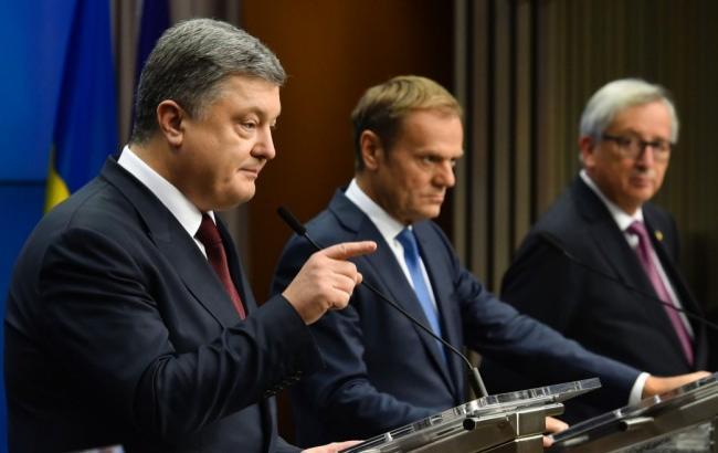 По итогам саммита Порошенко, Туск и Юнкер выступили на пресс-конференции