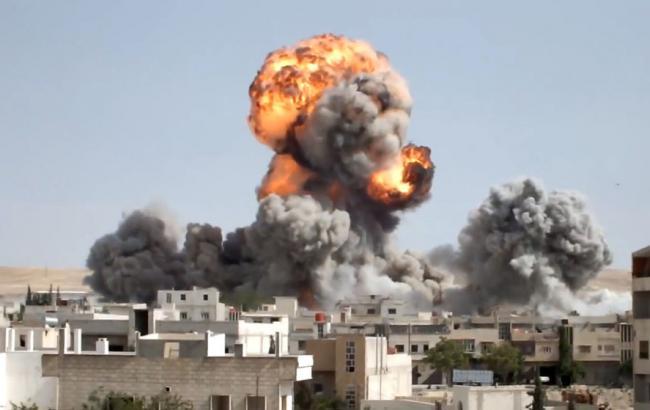 Країна-терорист Росія знову завдала авіаудару по населеному пункту в Сирії