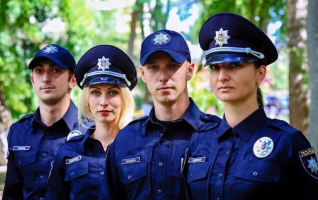ayda-zhezkazgan-pyanie-ukrainskie-telki-v-forme-militsii-spermoy