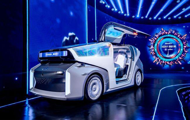 Китайский аналог Google рассекретил полностью автономный автомобиль