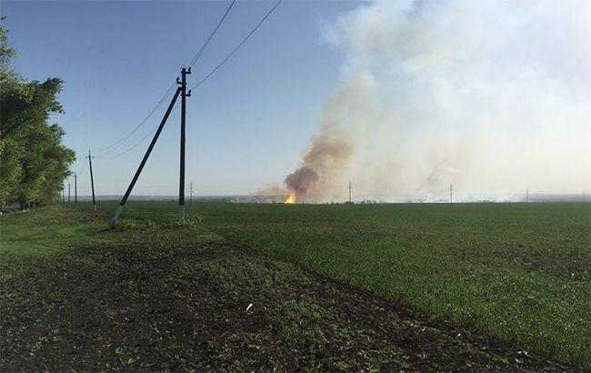 Вблизи военных складов в Балаклее возник пожар