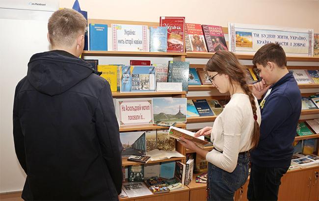 """""""Тексти пісень рок-зірок"""": у Міносвіти підготували оновлену програму з літератури для школярів (відео)"""