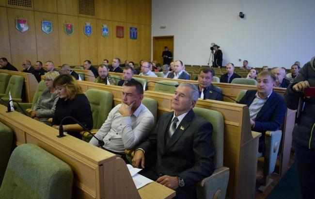 """Депутати Рівненської облради проголосували проти """"формули Штайнмайера"""""""