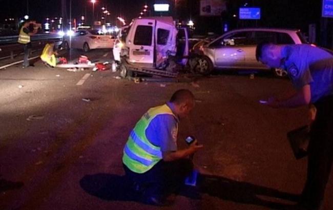 Фото: в Киеве на Столичном шоссе произошло ДТП