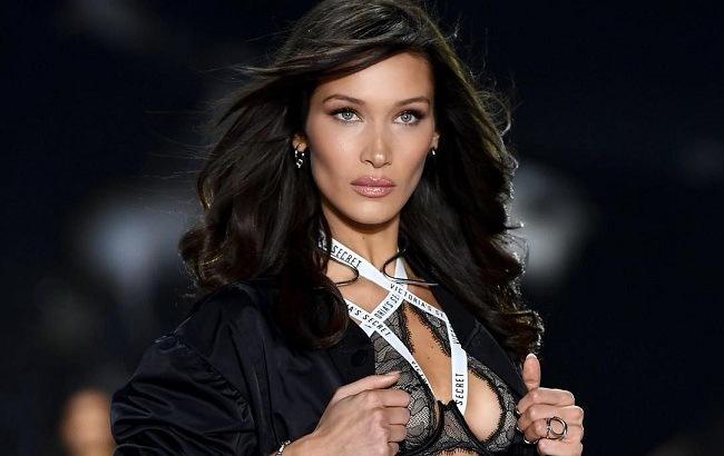 Знаменита модель шокувала зовнішнім виглядом у новому відео