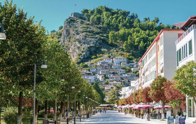 В Албанії скасували всі обмеження для туристів