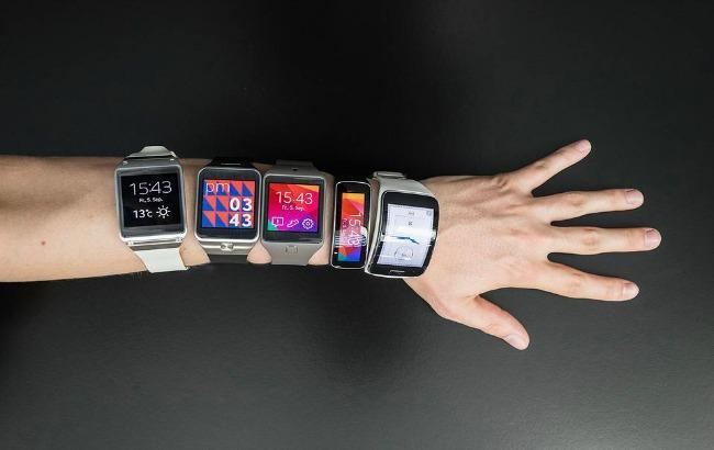 Фото: рынок смарт-часов превысит 20 млн единиц к концу года (wsj.com)