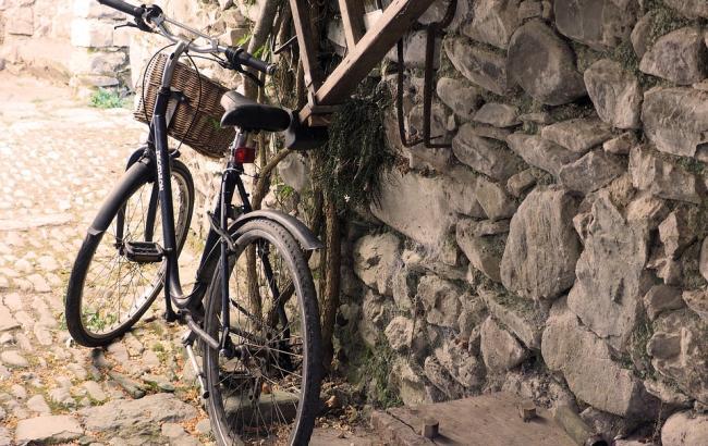 Подружня пара українців подорожувала три роки по світу на велосипедах