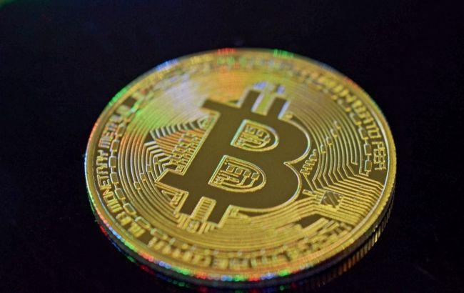 Биткойн снова поднялся выше 50 тысяч долларов: что происходит с криптовалютой