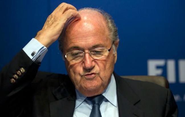 Федерацію футболу Франції обшукали у справі Блаттера