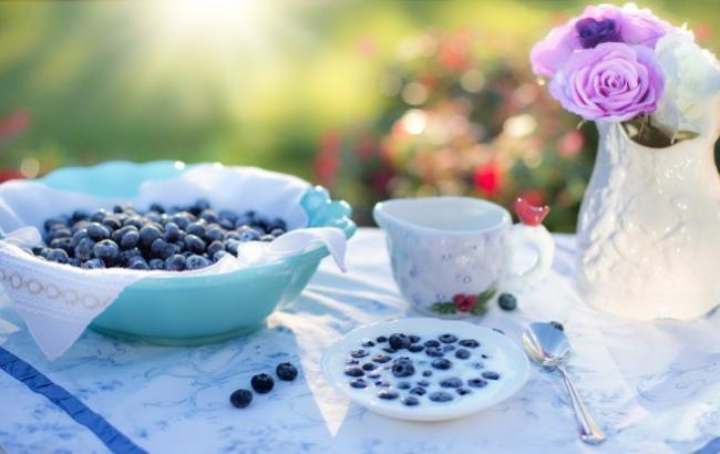 Дієтологи порадили снідати стоячи