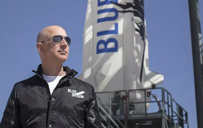 Самый богатый человек на Земле совершил полет в космос, экипаж Безоса уже вернулся