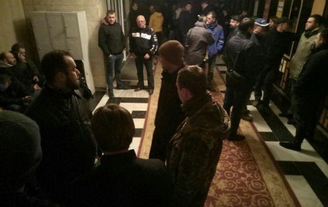 Фото: активісти зайняли Волинську ОДА