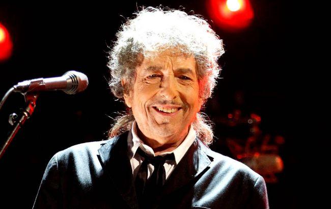 """Бобу Ділану """"таємно"""" вручили Нобелівську премію в Стокгольмі"""