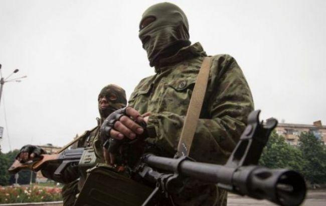 20 русских военных стали жертвами взрыва наскладе оружия— ГУР