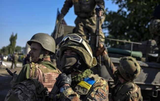 В зоні АТО поранений один український військовий, - штаб