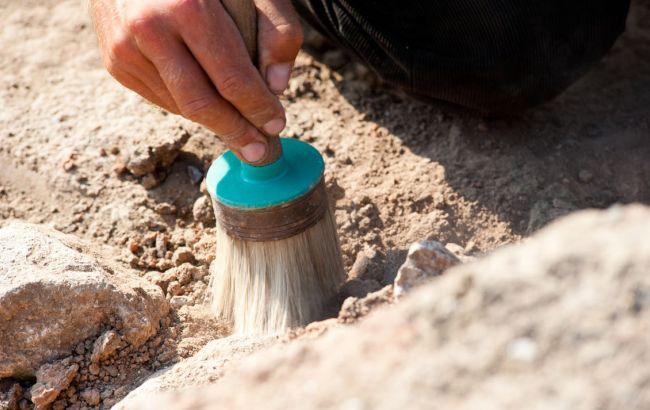 Фото: Мінкультури вимагає не допустити британських археологів до розкопок в окупованому Криму