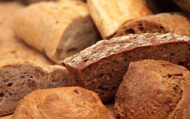 Эксперты опровергли топ-5 мифов о хлебе: от него не поправляются