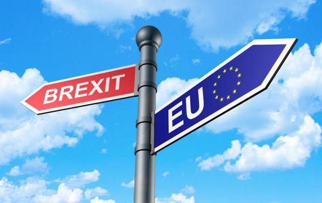 """Фото: потери ЕС от """"жестокого"""" сценария Brexit составят 13 млрд фунтов ежегодно"""