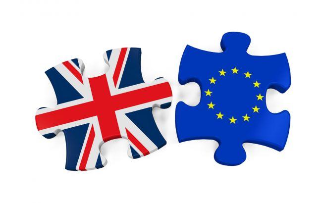 ЕСнебудет обговаривать сВеликобританией торговлю допрогресса поBrexit