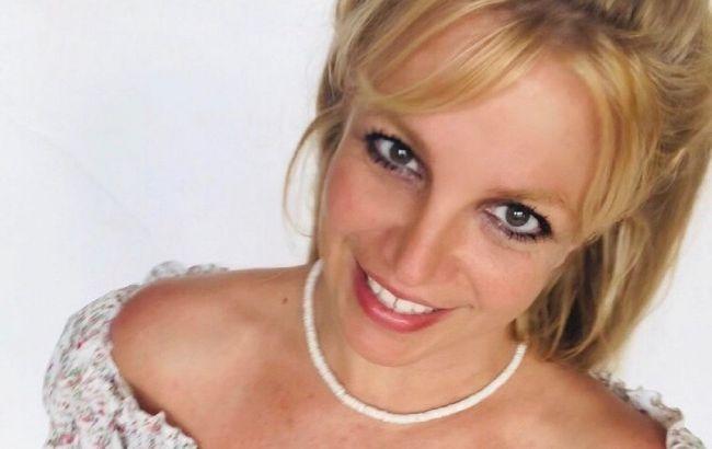Помогает выглядеть моложе: Бритни Спирс призналась, в чем секрет ее красоты