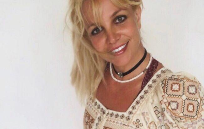 Красивая без фильтров: 38-летняя Бритни Спирс восхитила сеть цветущим внешним видом