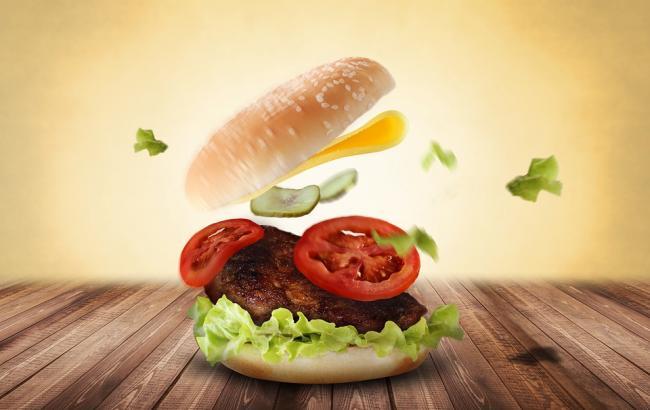 Вчені викрили міф про шкідливість бургерів