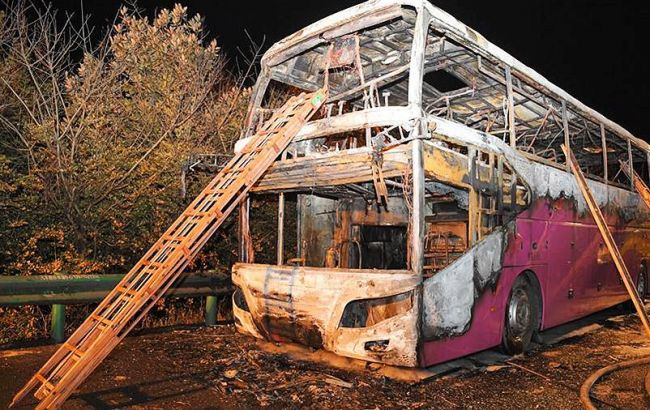 В Китае загорелся пассажирский автобус, есть жертвы