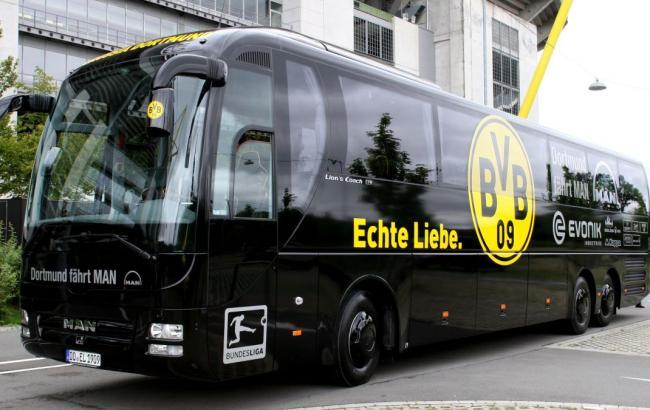 """Поряд з автобусом """"Боруссії"""" перед матчем Ліги чемпіонів прогримів вибух"""
