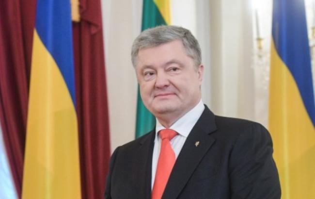 Порошенко призвал Запад ввести новые санкции против РФ по примеру Литвы