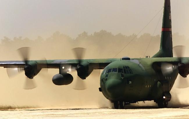 Фото: літак С-130 Hercules