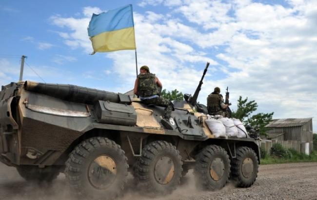 Порошенко: более 10 тыс. бойцов сил АТО смогут проголосовать на выборах Рады