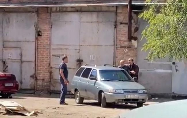 Полтавский захватчик отпустил полицейского