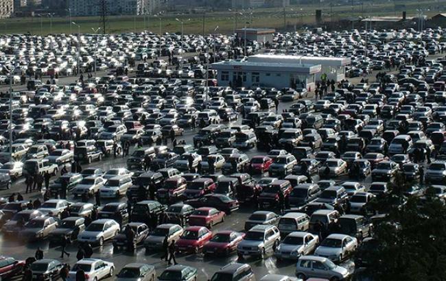 """Первинний ринок вживаного автотранспорту в Україні в жовтні виріс в 3,5 рази - до 6,2 тис. од., - """"Укравтопром"""""""