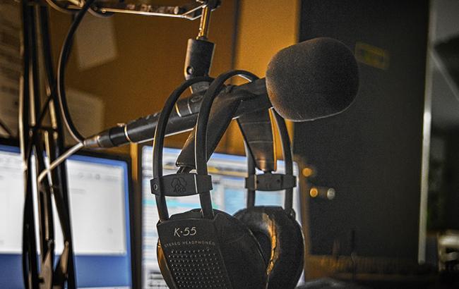Популярное украинское радио оштрафовали на круглую сумму из-за нарушения квот