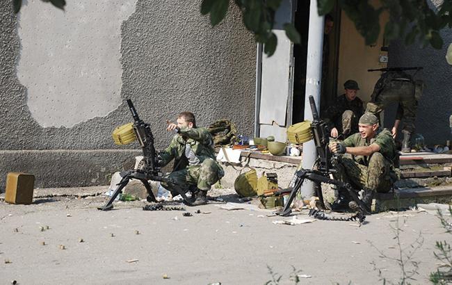 ВМакеевке иГорловке разозленные здешние граждане безумно избили боевиков