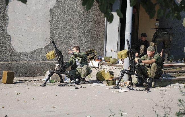 Боевики размещают вооружения в гражданских объектах, - разведка