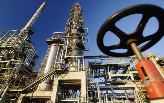 Цена нефти Brent упала ниже 61 долл./баррель