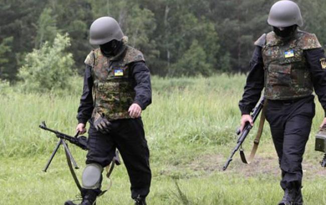 У зоні АТО за добу загинули 7 українських солдат, 10 поранені, - штаб