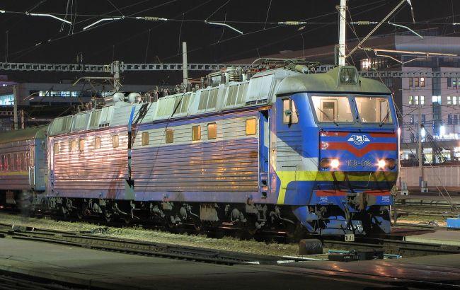 Фото: поїзд Укрзалізниці