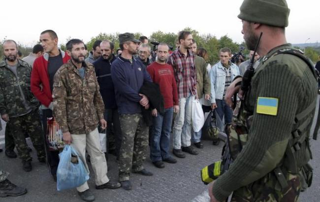 Бойовики ЛНР намірені передати Україні 5 полонених