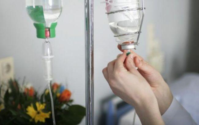 Фото: в Украине возросло количество жертв отравления алкоголем