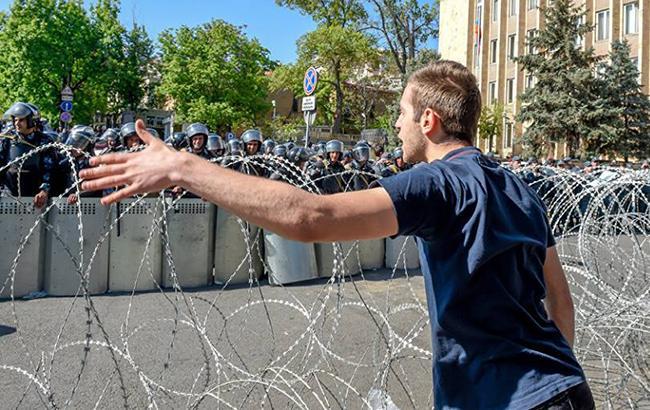 Фото: протесты в Ереване (facebook.com sputnikarmrus)