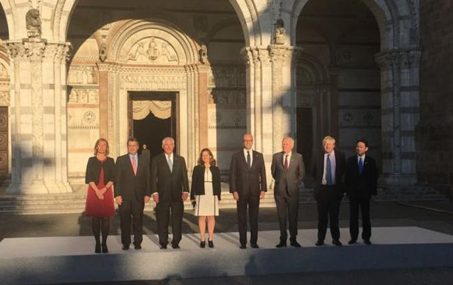 G7 связала длительность санкций против РФ свыполнением минских договоров