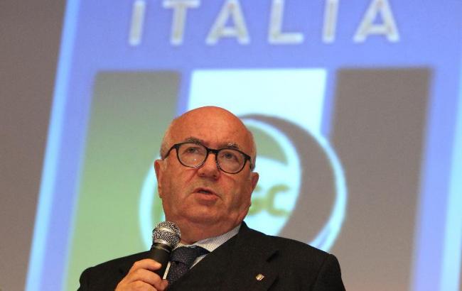 Президент Федерации футбола Италии ушел вотставку