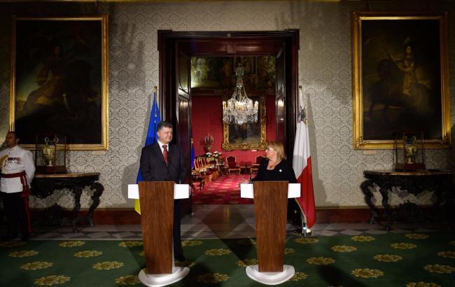 Порошенко: НаМальті може з'явитись спеціальний центр «Антонова»