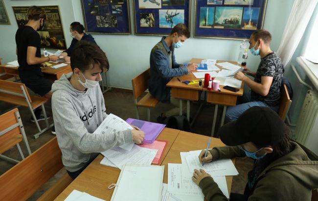 Вартість навчання на контракті в Україні: вузи оновили ціни в 2021 році