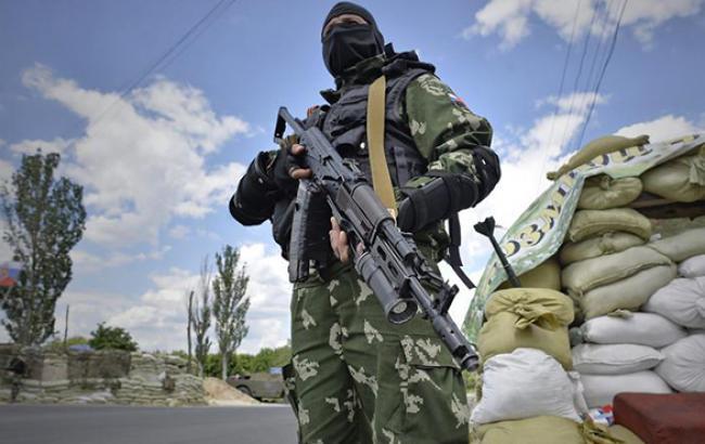 Боевики ДНР после 4 часов задержания отпустили нардепа Звягильского, - СМИ