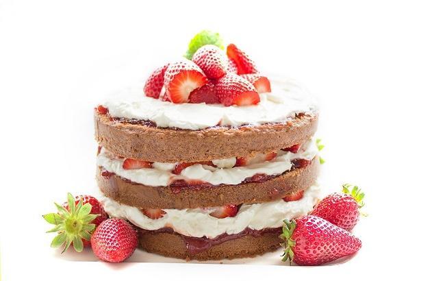 Фото: Полуничне тістечко (pixabay.com/Einladung_zum_Essen)