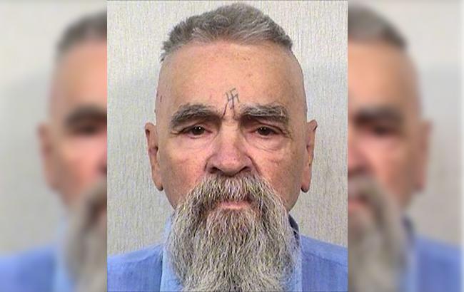 Помер відомий серійний вбивця Чарльз Менсон